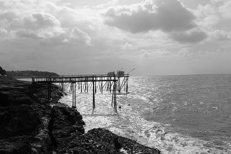 Paysage de carrelets sur la côte atlantique