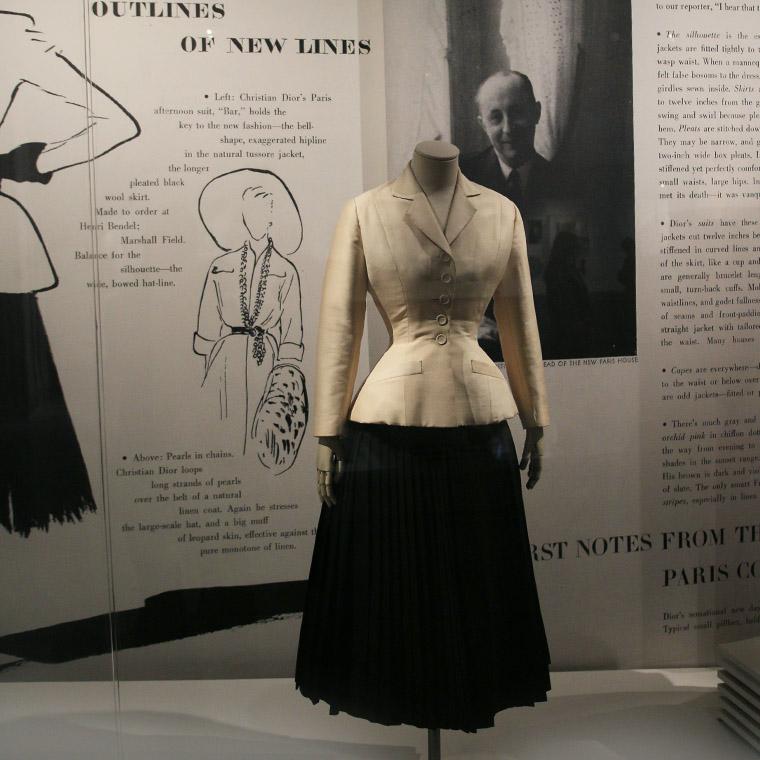 La tailleur Bar de Christian Dior