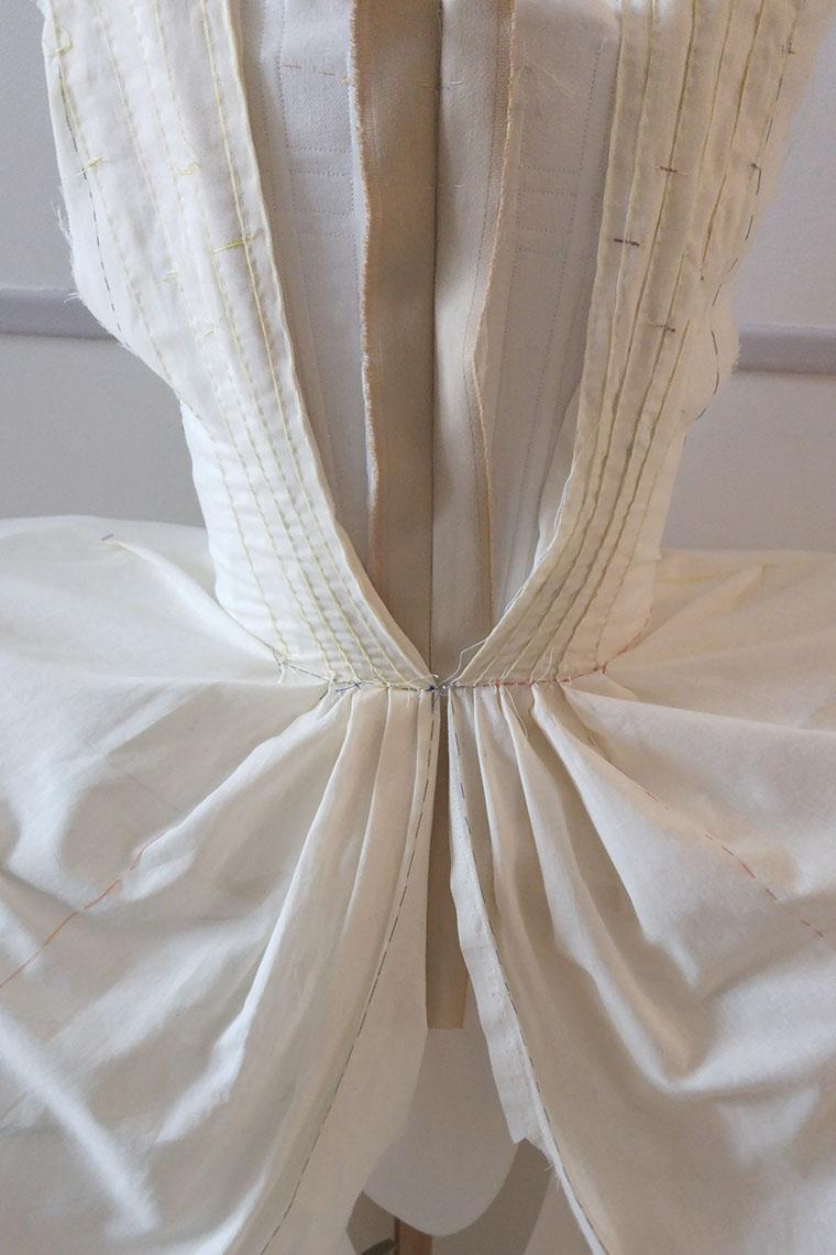 Prototype de robe réalisé par des costumiers