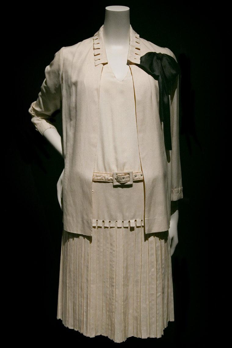 Veste et robe Chanel en toile et taffetas de soie datant de 1926