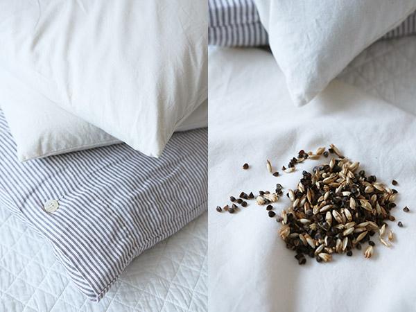 Dormir sur un oreiller en balles d'épeautre et sarrasin