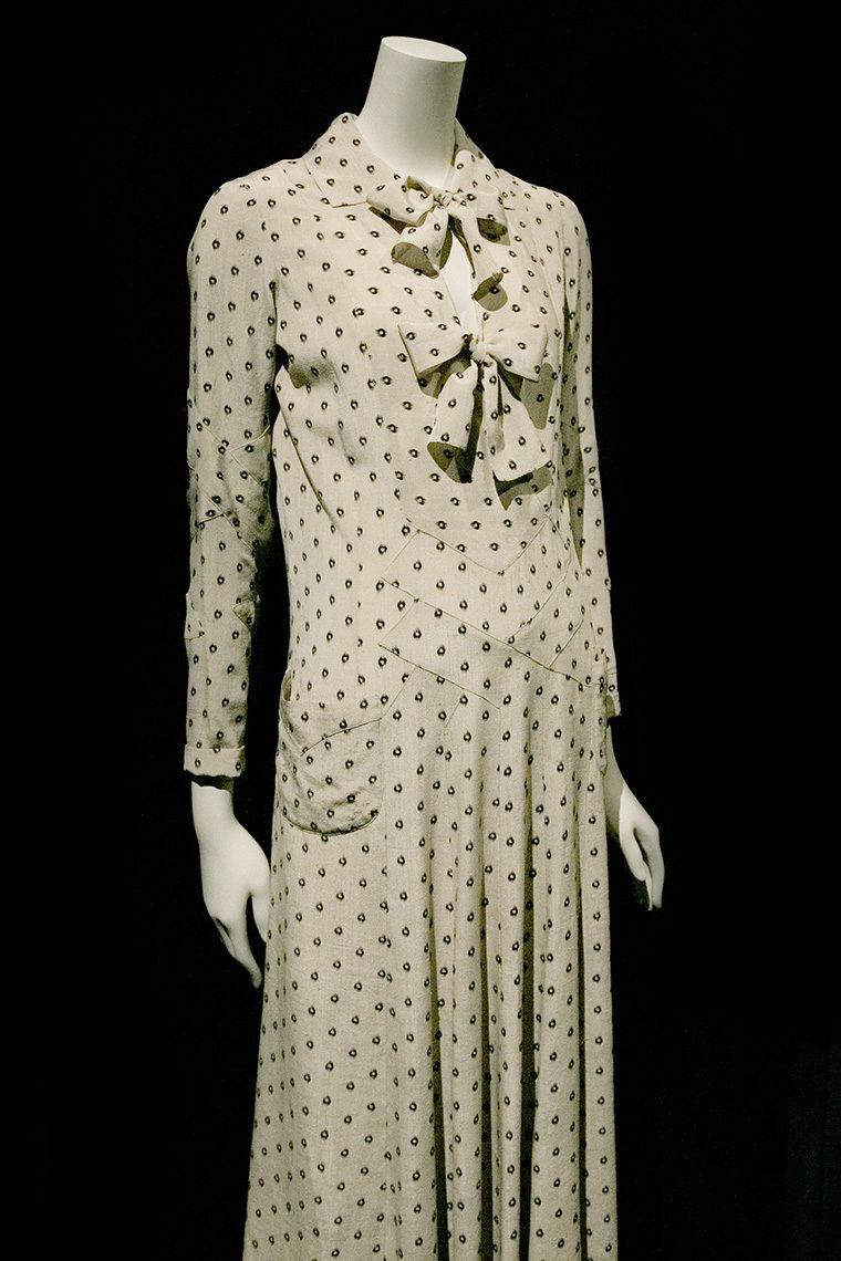 Surah ivoire Chanel des années 30