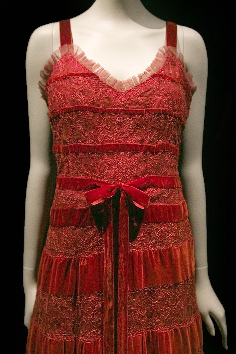 Robe du soir Chanel en velours de soie, tulle et dentelle, en 1937