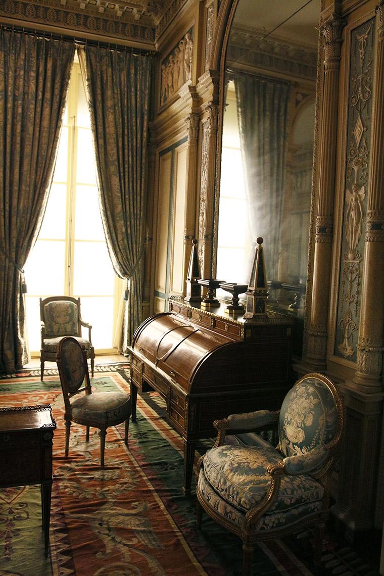 Le salon de l'hôtel de Serres